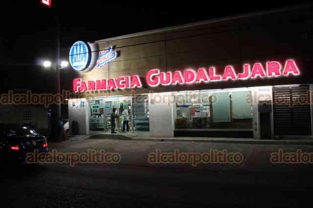 Hieren de un balazo a guardia en atraco a farmacia, en Medellín de Bravo
