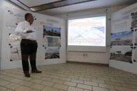 Boca del R�o, Ver., 26 de febrero de 2015.- En las instalaciones de la CMIC, el presidente del Colegio de Arquitectos de Veracruz, Francisco Guti�rrez de Velasco, durante la presentaci�n de proyecto para la mejora de puentes y vialidades de este municipio.