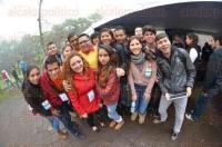 Xalapa, Ver., 27 de a febrero de 2015.- En la Expo Pedagog�a Orienta 2015 se busca mostrar a los estudiantes de preparatoria las diferentes carreras que la Universidad Veracruzana ofrece en sus campus en Xalapa. Al evento asistieron representantes de cada una de las diferentes carreras y decenas de interesados.