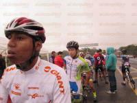 Coatepec, Ver., 27 de febrero de 2015.- La ciclista Tamara C�rdenas Ni�o obtuvo el primer lugar en su categor�a en las pruebas de ruta desarrolladas este viernes en el libramiento de Coatepec dentro de la Olimpiada Estatal.