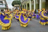 Xalapa, Ver., 1 de marzo de 2015.- La Uni�n Nacional de Padres de Familia en Xalapa organiz� la