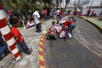 Veracruz, Ver., 1 de marzo de 2015.- Decenas de personas disfrutaron este domingo el D�a de la Familia en el parque Cri-Cri.