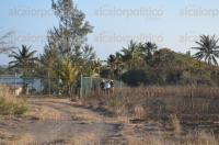 �rsulo Galv�n, Ver., 2 de marzo de 2015.- Cerca de dos hect�reas de pastizales se incendiaron luego de que un transformador explotara, generando la movilizaci�n de bomberos.