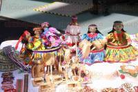 M�xico, DF., 3 de marzo de 2015.- Ind�genas de Chihuahua participan en una muestra de su cultura, artesan�as y m�sica en la explanada del Senado.