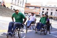 Xalapa, Ver., 4 de marzo de 2015.- Este mi�rcoles, personas con discapacidad del grupo
