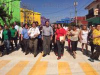 Xalapa, Ver., 5 de marzo de 2015.- El alcalde Am�rico Z��iga inaugur� la construcci�n de pavimento hidr�ulico en la calle Esmeralda de Diamante a Cir�n, ubicada en la Unidad FOVISSSTE.