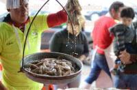 Xalapa, Ver., 6 de marzo de 2015.- Con la llegada de la Cuaresma, pescader�as han visto incrementadas en un 30% sus ventas, aunque menos que a comparaci�n de a�os pasados debido a la crisis econ�mica.