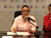 Xalapa, Ver., 27 de marzo de 2015.- La secretaria de Protecci�n Civil, Yolanda Guti�rrez Carl�n acompa�ada por los integrantes del Comit� de Meteorolog�a dio a conocer los da�os que dej� el Frente fr�o 43, hasta el momento van 7 personas fallecidas y una desaparecida.