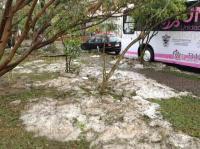 Ixtaczoquitl�n, Ver., 27 de marzo de 2015.- As� luce la colonia El Guayabal de este municipio, la cual fue afectada por la intensa granizada. Contin�a la limpieza y evaluaci�n de da�os.