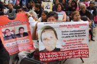 M�xico, DF., 27 de marzo de 2015.- El poeta Javier Sicilia encabez� en la Estela de Luz el IV Aniversario de su movimiento para buscar justicia y localizar a los desaparecidos en M�xico y que suman miles con nulos resultados de las los autoridades.