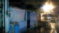 Xalapa, Ver., 27 de marzo de 2015.- En la calle Coatzacoalcos de la colonia Progreso, alrededor de las 19:00 horas acudieron Protecci�n Civil y Bomberos con apoyo de una motobomba por un conato de incendio. A�n se desconoce el motivo.