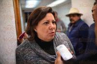Xalapa Ver., 27 de marzo de 2015.- Entrega documentaci�n Rosario Quirasco Pi�a como aspirante a la diputaci�n federal; su registro lo hizo el d�a jueves ante el �rgano nacional en el Distrito Federal.
