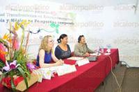 Xalapa, Ver., 17 de abril de 2015.- Se present� el foro de an�lisis pol�tico: Seguridad fronteriza en estados emergentes: Colombia y M�xico en perspectiva comaparada, en el Aula Magna del Ciesas Golfo.