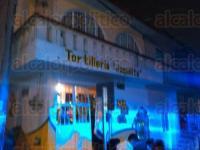Xalapa, Ver., 18 de abril de 2015.- Una fuerte movilizaci�n de cuerpos de rescate se registr� cerca de las 21:00 horas de este s�bado ante el reporte de una fuga de gas en la colonia Marina Nacional.