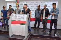 Xalapa, Ver., 19 de abril de 2015.- Integrantes de la banda xalape�a Runtolife en rueda de prensa anunciaron la nominaci�n de su canci�n