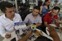 Boca del R�o, Ver., 19 de abril de 2015. Los dirigentes municipales del PRI en Veracruz-Boca del R�o, Ra�l D�az Diez, H�ctor Mu�iz Lagunes y el diputado Ra�l Zarrabal, denunciaron ante medios de comunicaci�n actos de proselitismo por parte de algunos regidores del PAN en horas de trabajo y d�as h�biles.