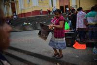 Xalapa Ver., 20 abril de 2015.- Locatarios del mercado municipal de Orizaba