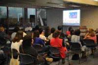 Xalapa, Ver., 21 de abril de 2015.- En las instalaciones de la USBI Xalapa se efectu� una sesi�n m�s del Martes de lectores y lecturas. En esta ocasi�n se presenta el doctor Ernesto Rodr�guez con el tema Ciencia y Literatura.