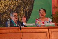 Xalapa, Ver., 28 de abril de 2015.- El fil�sofo e historiador mexicano Miguel Le�n Portilla despu�s de recibir la medalla al M�rito Universitario ofreci� la conferencia magistral,