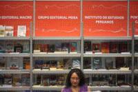 Xalapa, Ver.,  3 de Mayo de 2015.- A pesar de ser el �ltimo d�a y la gran oferta de libros que se concentra en el complejo deportivo Omega, la FILU 2015 registra baja afluencia de gente en este domingo de clausura.