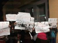 C�rdoba, Ver., 3 de mayo de 2015. Reporteros recibieron agresiones f�sicas durante la visita de Ricardo Anaya, secretario general del PAN, minutos antes de iniciar el evento en que manifestar�a su respaldo a los candidatos albiazul.