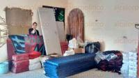 Xalapa, Ver., 5 de mayo de 2015.- Despensas, colchonetas, l�minas, cobertores y juguetes se pueden encontrar en la supuesta casa-bodega perteneciente a Zazil Reyes, misma que est� ubicada en la avenida Quetzal, n�mero 10, de la colonia Moctezuma.