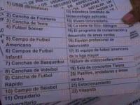 Xalapa, Ver., 22 de mayo de 2015.- Alumnos de la Universidad Veracruzana realizan encuestas a usuarios de las instalaciones deportivas de la USBI, al parecer se pretende cobrar una cuota de recuperaci�n.