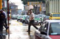Xalapa Ver., 22 de mayo de 2015.- Este viernes se registr� un chubasco leve en la capital del Estado; ante la inestabilidad del clima se recomienda tomar precauciones.