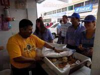 Poza Rica, Ver., 25 de mayo de 2015.- El senador Fernando Yunes M�rquez de visita en este municipio para acompa�ar a la candidata del PAN por el distrito V, Yhereiri Carranza L�pez.