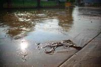 Xalapa Ver., 27 de mayo de 2015.- Tras la fuerte lluvia y granizada de este martes, los salones de la escuela