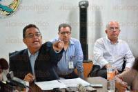 Xalapa, Ver., 27 de mayo de 2015.- El director general del Seguro Social de los Trabajadores al Servicio de la Educaci�n del estado de Veracruz, Ricardo Olivares Pineda, inform� que pr�ximamente se pagar�n en parcialidades 3 mil 600 jubilaciones que suman un monto de 200 mdp.