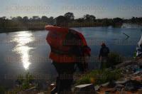 Puente Nacional, Ver., 28 de mayo de 2015.- Elementos de Seguridad P�blica y Protecci�n Civil realizaron tareas de b�squeda, pero no han dado con el paradero del pescador Remedios S�nchez Hern�ndez, de 66 a�os de edad.