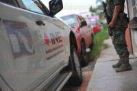 Xalapa, Ver., 28 de mayo de 2015.- Bajo continua vigilancia por parte de elementos de la SEDENA se efect�a la sesi�n ordinaria en el Consejo Distrital 08 del INE para tratar asuntos con relaci�n al proceso electoral 2015.