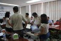Xalapa, Ver., 28 de mayo de 2015.- Se efectu� sesi�n del 10� Consejo distrital del INE del Estado, en donde se inform� que alrededor de 1500 casillas ser�n instaladas en la entidad.