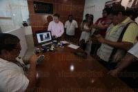 Boca del R�o, Ver., 28 de mayo de 2015.- La abogada ambientalista, Priscila Rodr�guez Bribiesca, en videoconferencia en conjunto con el diputado Tonatiuh Pola, asegur� que el proyecto de construcci�n del teatro en las playas de Santa Ana no es amigable con la naturaleza.