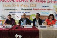 Xalapa, Ver., 30 de mayo de 2015.- Cuatro de los candidatos a diputados federales por el distrito de Xalapa Urbano participaron en el Foro Democr�tico organizado por la asociaci�n La Semilla del Cambio.