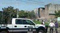 Veracruz, Ver., 30 de junio de 2015.- Los Bomberos acudieron a la calle 15, en la casa n�mero 408, entre Alcocer y J.B. Lobos de la colonia Pocitos y Rivera por un incendio.