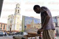 Xalapa, Ver., 2 de julio de 2015.- Las calles del centro y la Catedral de esta ciudad, durante mucho tiempo y hasta la fecha, son fuente de inspiraci�n para pintores, tal como se muestra en la imagen.