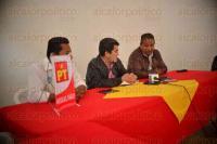 Xalapa Ver., 2 junio de 2015.- Conferencia de prensa del Partido del Trabajo encabezada por Rafael Carbajal Rosado y Carlos Mario Estrada Urbina.