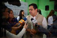 Xalapa Ver., 4 julio de 2015.- Jornada de Salud en la congregaci�n El Castillo, donde asistieron el alcalde Am�rico Z��iga Mart�nez, as� como el secretario de Salud, Fernando Ben�tez Obeso.