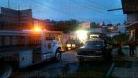 Xalapa, Ver., 7 de julio de 2015.- Acude Protecci�n Civil municipal y Bomberos a atender el reporte de una explosi�n en la calle Pamir de la colonia Casa Blanca.