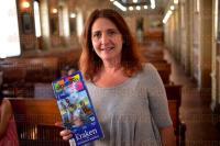 Xalapa, Ver., 29 de julio de 2015.- Presenta Malusa G�mez la 10 edici�n de la revista Algarab�a Ni�os, en el marco de la XXVI Feria Nacional del Libro Infantil y Juvenil