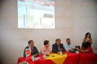 Xalapa, Ver., 30 de julio de 2015.- En conferencia de prensa en el Partido del Trabajo, Amado Espinoza Ramos, Juvenal N��ez Mercado, Carlos Mario estrada Urbina y Rafael Carvajal Rosado.