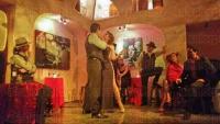 Xalapa, Ver., 30 de julio de 2015.- �Viva el Tango�, evento musical que ser� combinado con cuadros esc�nicos mientras 8 cantantes interpretan temas tradicionales de este g�nero, se presentar� en el teatro Tachula de Coatepec.