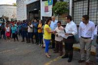 Xalapa, Ver., 31 de julio de 2015.- El alcalde Am�rico Z��iga, durante la entrega de est�mulos de productividad a personal de Limpia P�blica, en sus instalaciones.