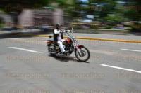 Xalapa, Ver., 1 agosto de 2015.- Alrededor de 150 motociclistas de distintas partes del pa�s, se reunieron en el parque Ju�rez con motivo del 1er aniversario del motoclub