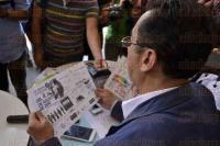 Xalapa, Ver., 4 de agosto de 2015.- El organismo LGBTTTI en conferencia de prensa en conocido caf� de esta ciudad, dieron a conocer las diversas actividades que realizar�n en la Primera Semana de la Diversidad Sexual de Cotepec, entre las que se contempla un desfile.