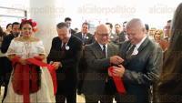 Xalapa, Ver., 29 de agosto de 2015.- Este s�bado se inaugur� la Feria de Posgrados UPAV 2015, en Hotel Holiday Inn, en donde asisti� el rector Andr�s Blancas Portilla.
