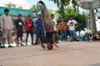 Xalapa, Ver., 30 de agosto de 2015.- En el parque Ju�rez se organiz� la primera competencia de Break dance �Xalapa Jam�, donde j�venes demuestran diversos tipos de baile de la cultura Hip Hop.