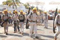 Veracruz, Ver., 31 de agosto de 2015.- El secretario de Salud, Fernando Ben�tez Obeso, dio el banderazo de la segunda jornada nacional de lucha contra el dengue y chikungunya 2015, en el Centro de Desarrollo Comunitario, de la colonia Pocitos y Rivera.